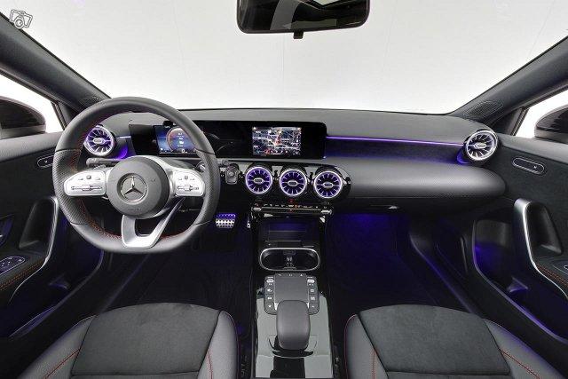 Mercedes-Benz A 12