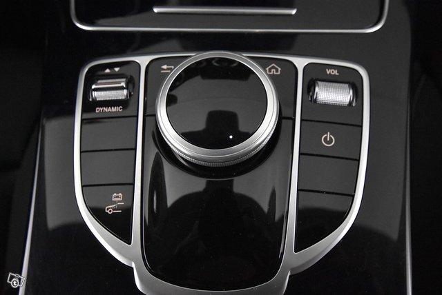 Mercedes-Benz C 17