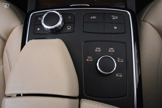Mercedes-Benz GLS 16