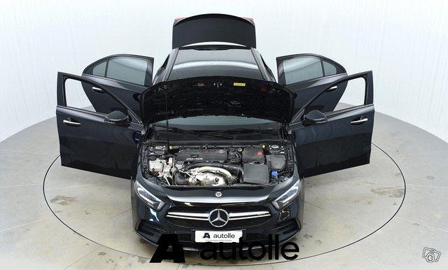 Mercedes-Benz A 35 AMG 10