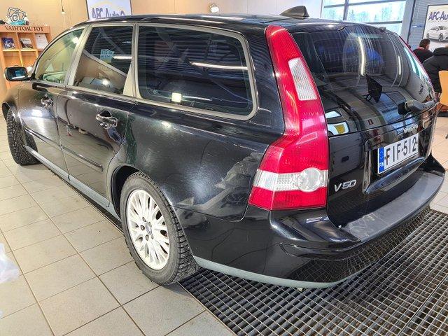 Volvo V50 3