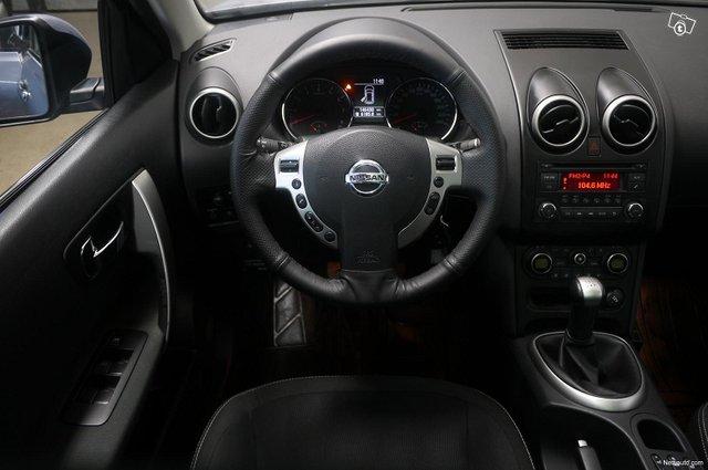Nissan Qashqai+2 13