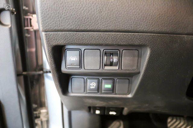 Nissan QASHQAI 15