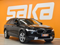 Volvo V90 Cross Country -18