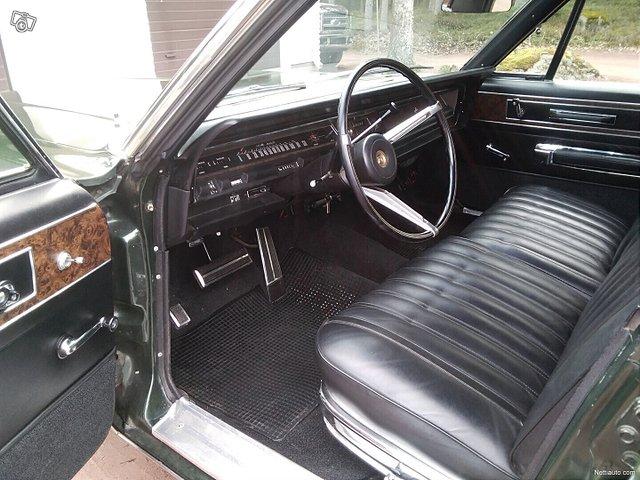 Chrysler New Yorker 9