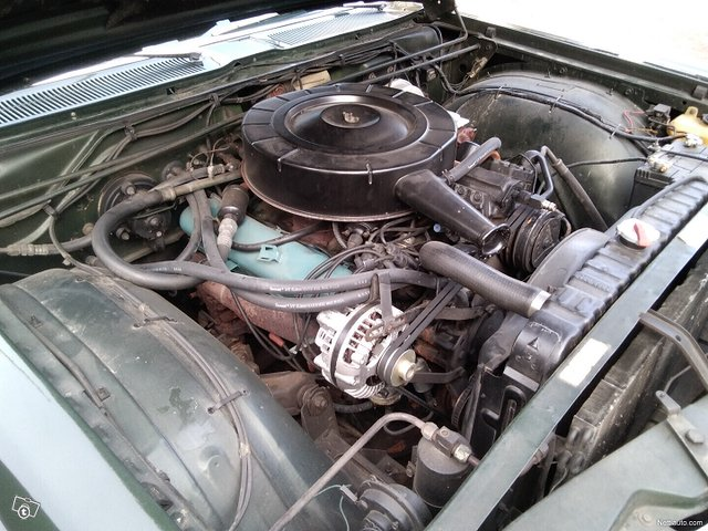 Chrysler New Yorker 23