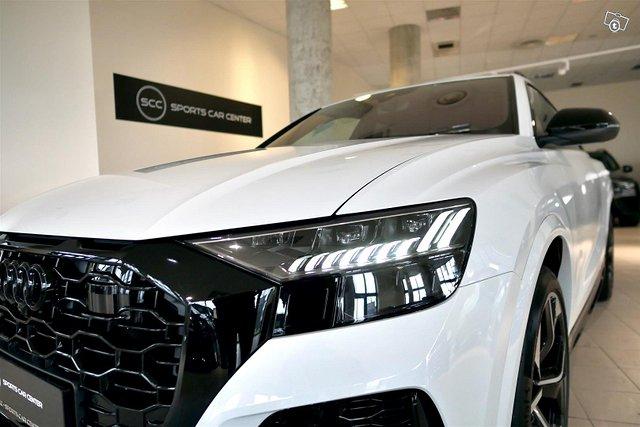 Audi RS Q8 3