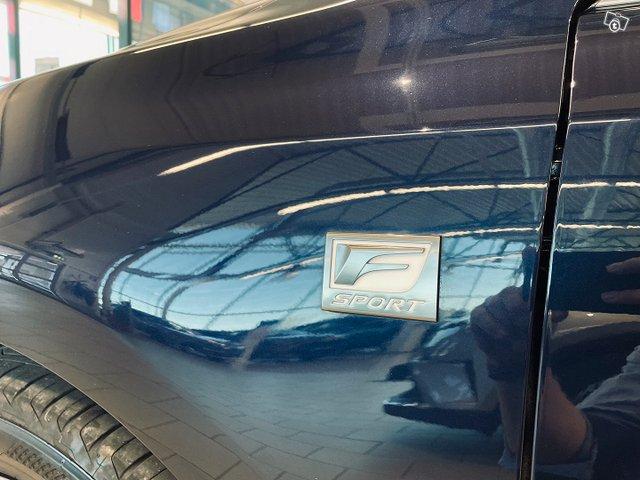 Lexus CT 6
