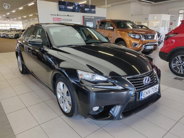 Lexus IS 3