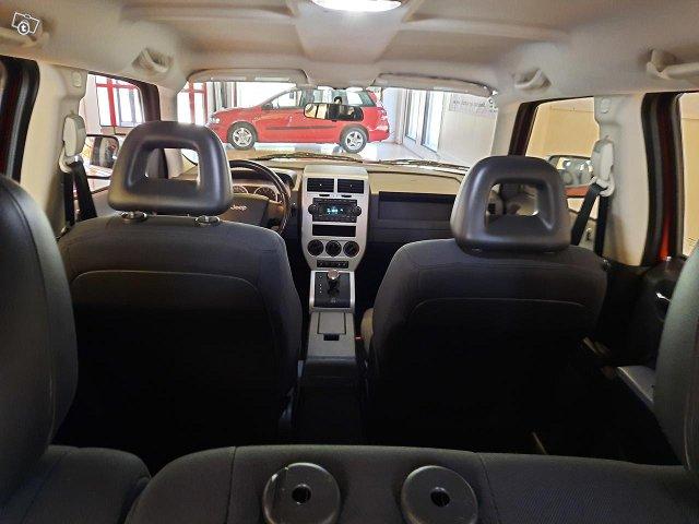 Jeep Patriot 11