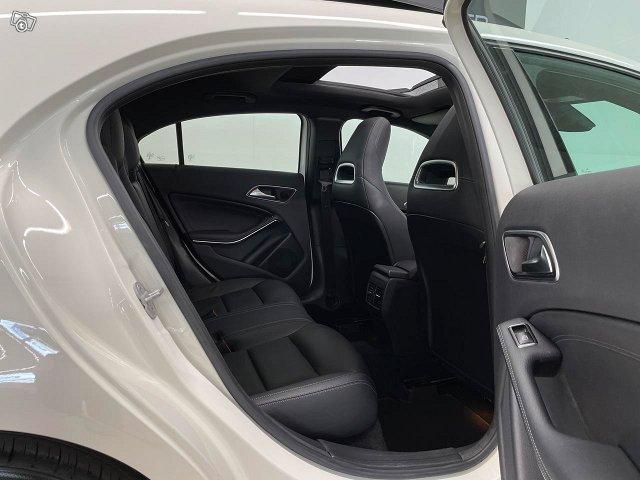 Mercedes-Benz A 5