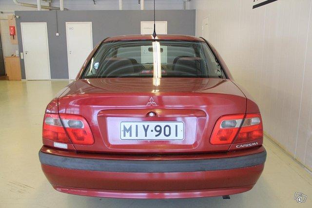 Mitsubishi Carisma 7