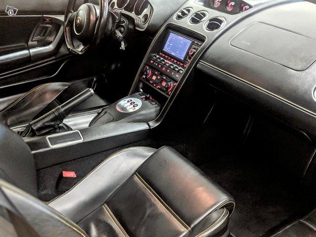 Lamborghini Gallardo 11