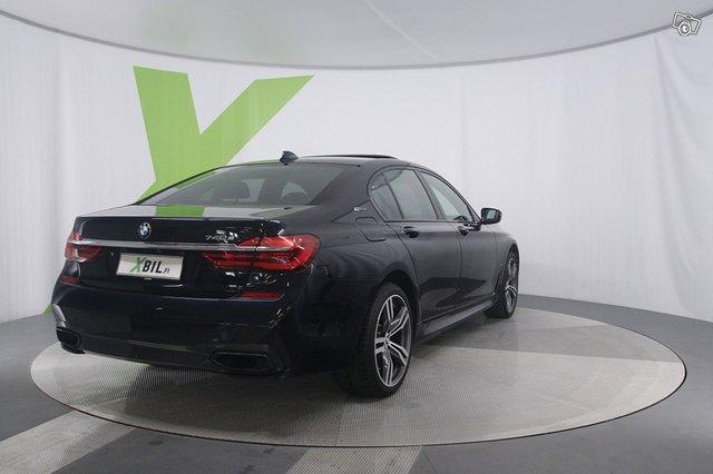 BMW 740 4