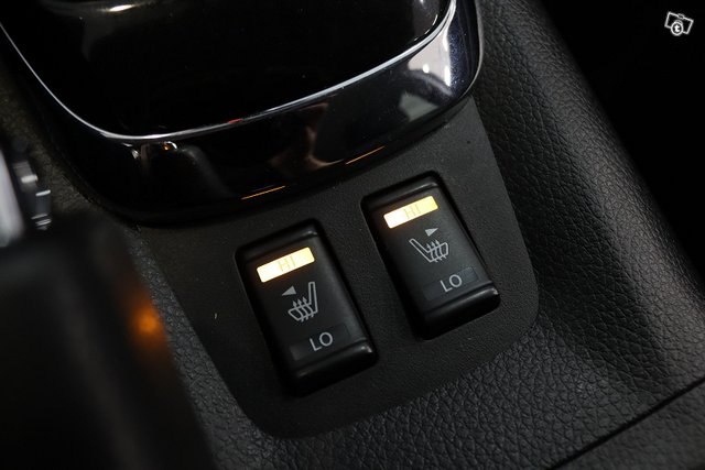 Nissan Pulsar 24