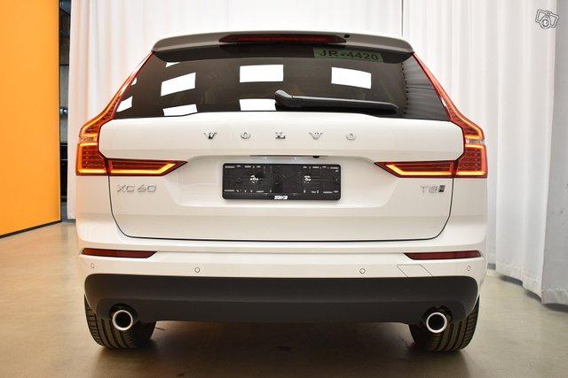 Volvo XC60 7