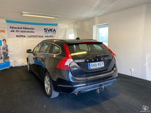 Volvo V60 6