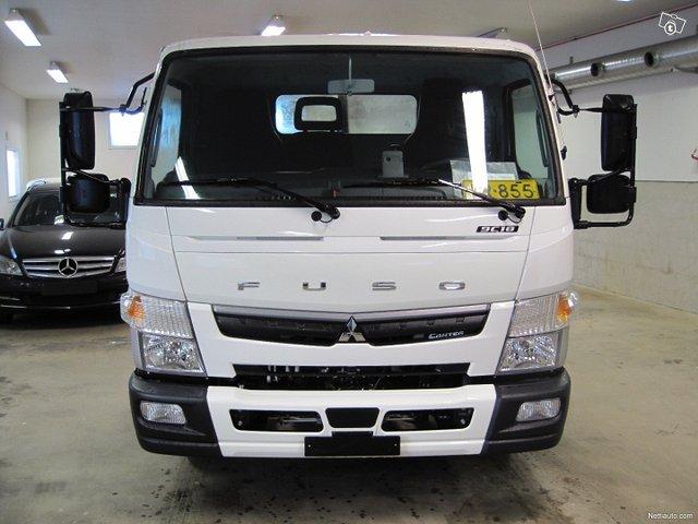 Mitsubishi Fuso Canter 2
