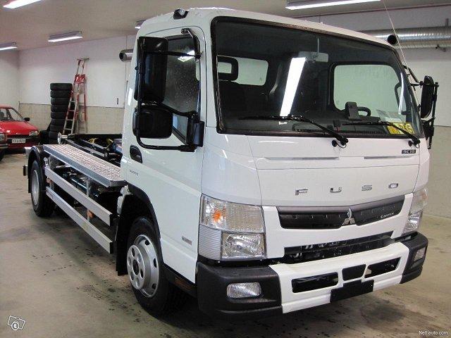 Mitsubishi Fuso Canter 3