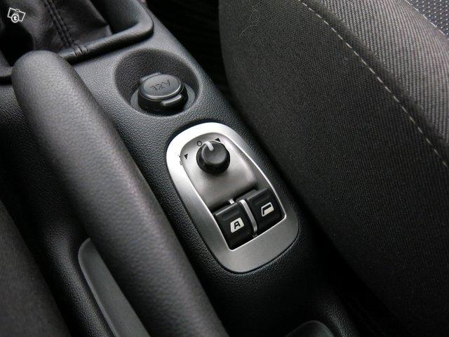Peugeot 206+ 11