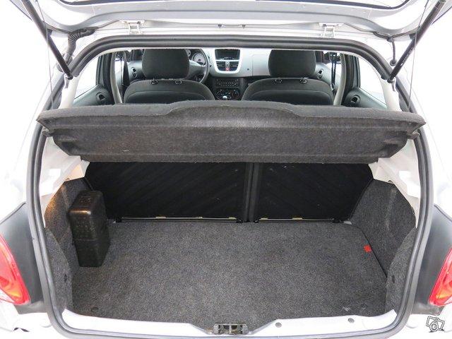 Peugeot 206+ 16