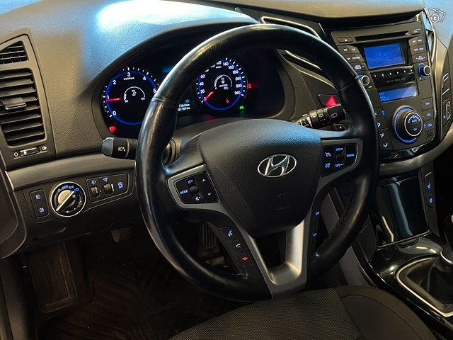 Hyundai I40 Wagon 11