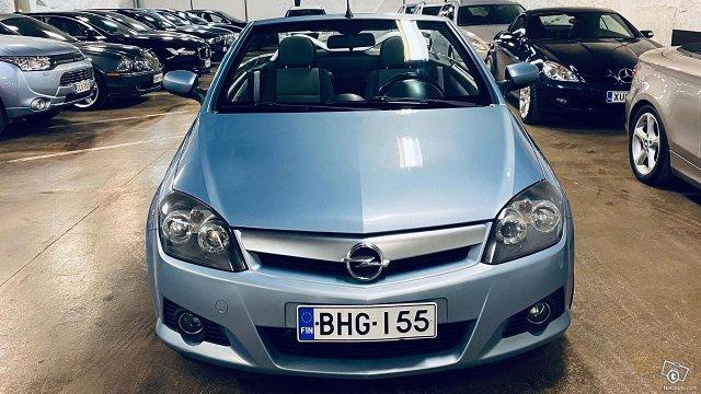 Opel Tigra 17