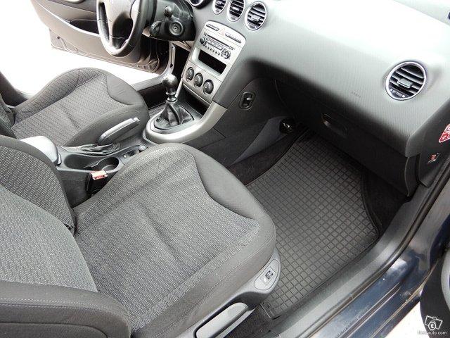 Peugeot 308 11