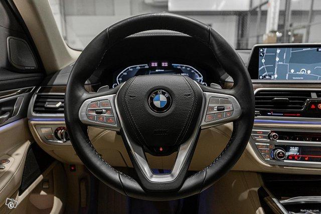 BMW 745 10