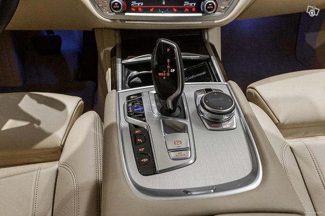BMW 745 14
