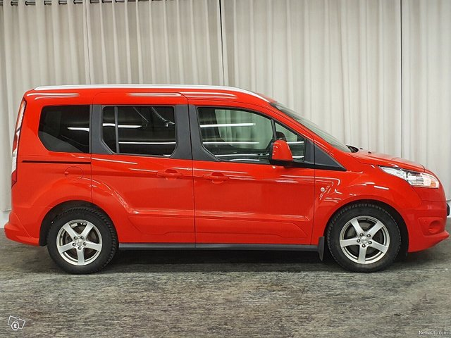 Ford Tourneo Connect 6