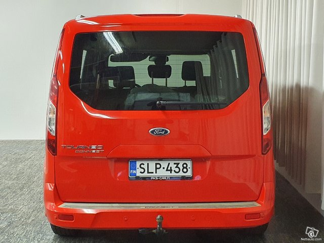 Ford Tourneo Connect 9