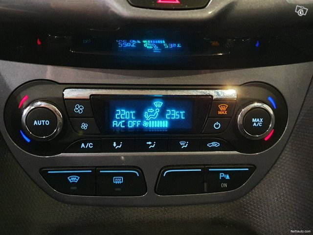 Ford Tourneo Connect 15