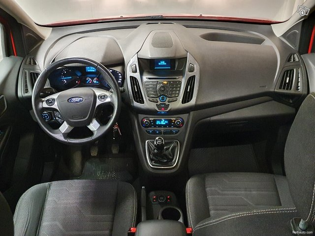 Ford Tourneo Connect 18