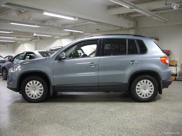 Volkswagen Tiguan 1
