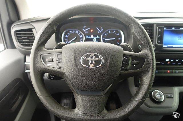 Toyota PROACE 7