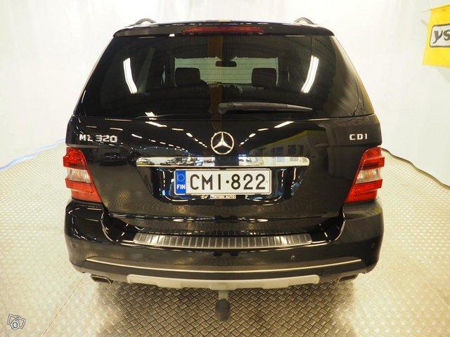 Mercedes-Benz Ml 320 Cdi 4matic 7