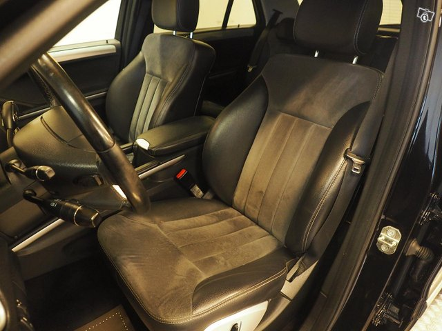 Mercedes-Benz Ml 320 Cdi 4matic 10