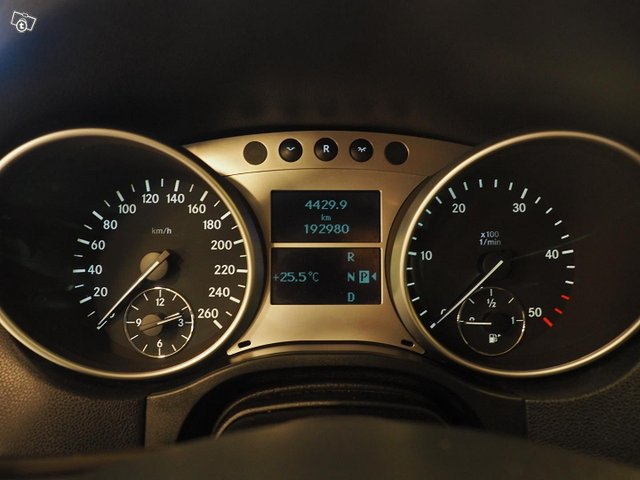 Mercedes-Benz Ml 320 Cdi 4matic 13