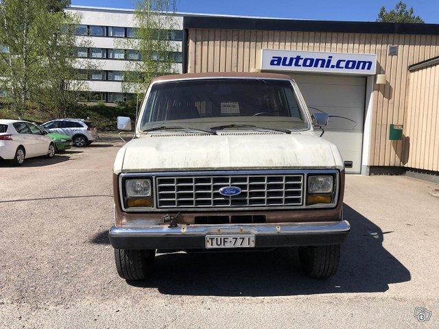 Ford Econoline 7