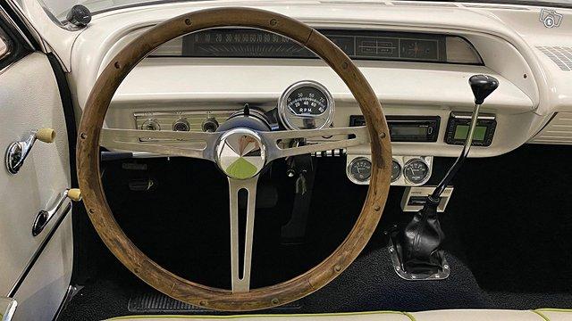 Chevrolet Impala 9