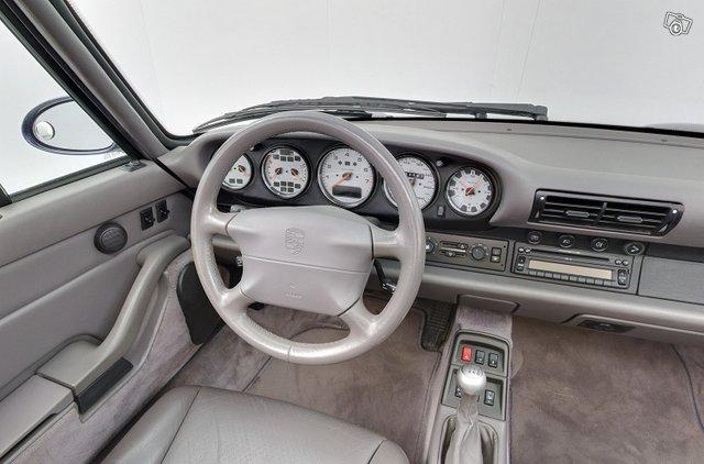 Porsche 911 12