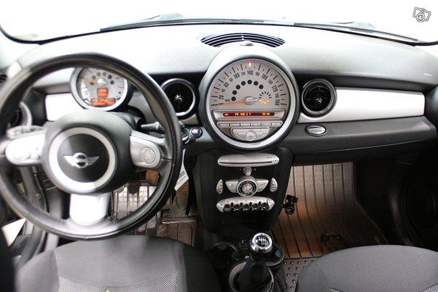 MINI Cooper 6