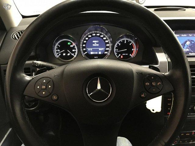Mercedes-Benz GLK 10