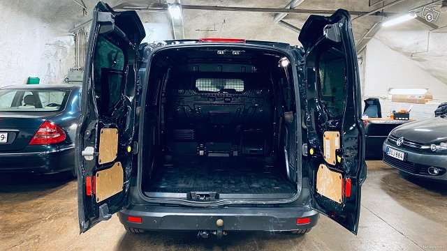 Ford Transit Connect 21