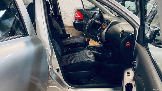 Nissan Micra 19