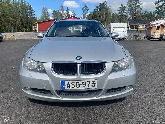 BMW 318 2