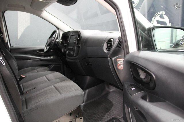 Mercedes-Benz Vito 17