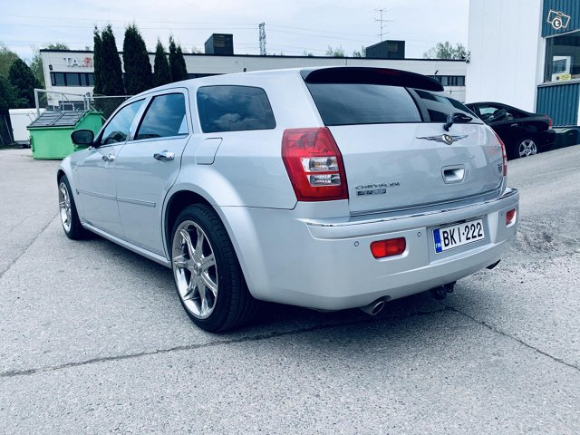 Chrysler 300C 2
