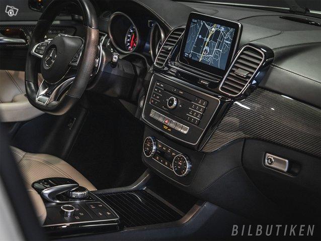 Mercedes-Benz GLE 63 AMG 8